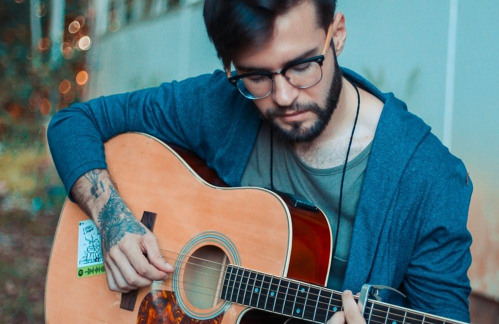 нужно ли начинающему гитаристу знать ноты фото